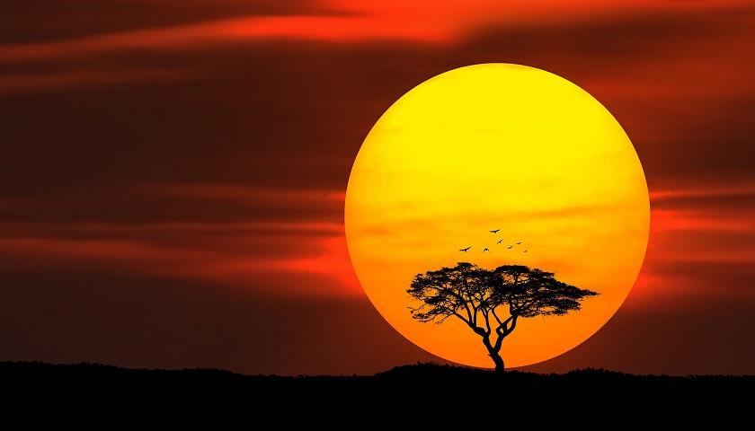 В это время года солнце садится быстро